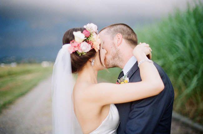 Real Wedding: Vanessa   Stephen in Twin Waters