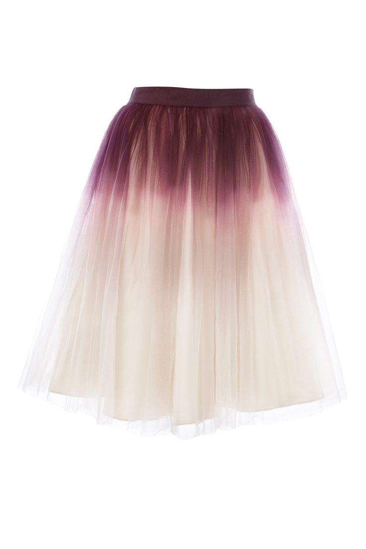 Dip dyed tulle, yes please!