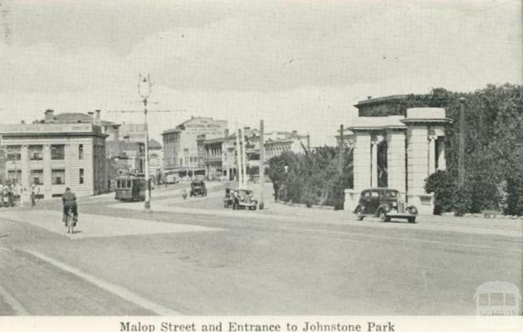 Malop Street and Entrance to Johnstone Park, Geelong, 1948