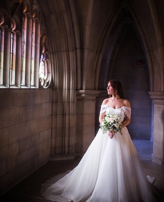 The Knox College in Toronto is one of our favourite places to photograph. The Goth Style architecture is beautiful and it is perfect to create dramatic images like this one of Lindsay!  #luminous_weddings #thisiswhatlovelookslike      #weddingplanning #bridetobe #weddingideas #weddinginspiration #weddingplanner #engaged #weddingday #weddingdecor #bride #weddinginspo #weddingdress #weddingflowers #weddings #weddingvenue #torontowedding #eventplanner #weddingceremony…