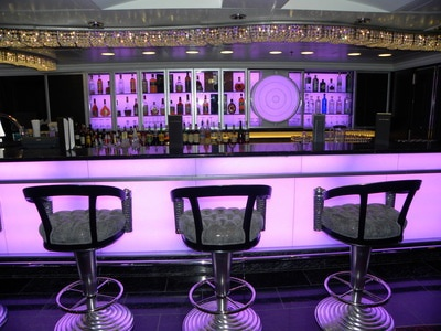 Marina Lounges - Oceania Cruises' Marina Bars and Lounges