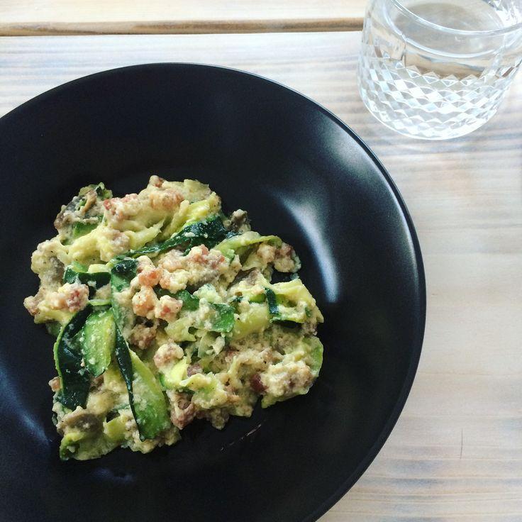 Hjemmelavet zucchini carbonara