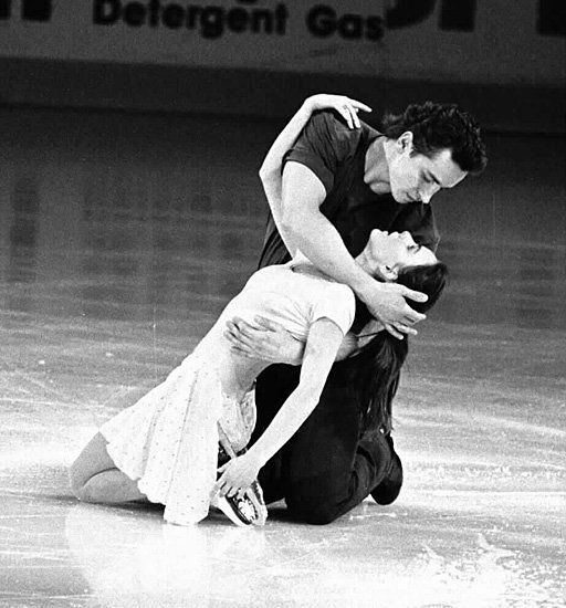 Sergei Grinkov and Ekaterina Gordeeva:  the most heartrendingly beautiful love story in the universe. <3