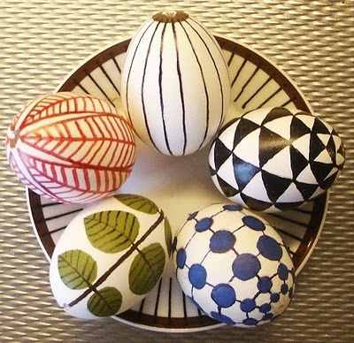 Easter eggs with Stig Lindberg porcelain patterns.