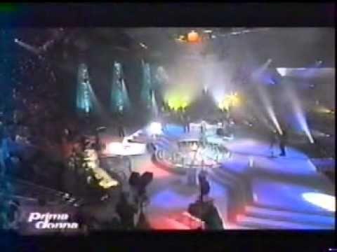Bonnie Tyler - It's A Heartache - France - Prima Donna 2001 #bonnietyler #bonnietylervideo #music #rock #thequeenbonnietyler #therockingqueen #rockingqueen #2000s #2001 #patricksebastien #bonnietylerfrance #itsaheartache #france #primadonna