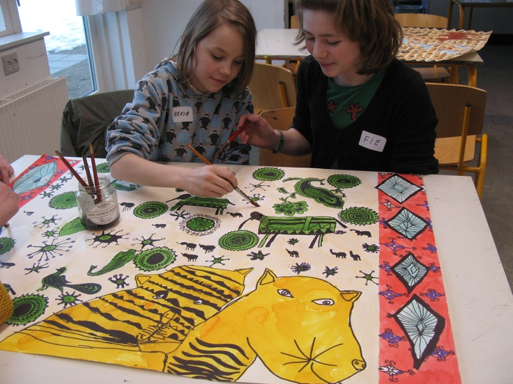 Children 6-9 years old with Britta Johanson.