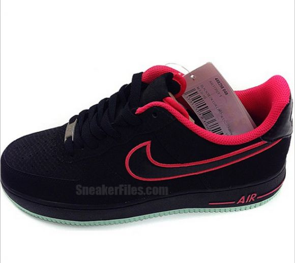 Nike Air Force 1 Low Yeezy 2 Solar Red First Look