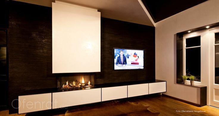 Gaskamin, schwebend mit Möbelsystem und TV