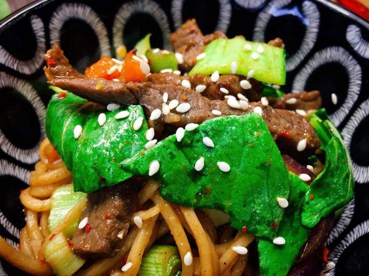 Pak Choi Wok mit Rindfleisch, Sesam und Mie Nudeln #Wok #recipe #rezept #kochen #asiatisch #Sesam