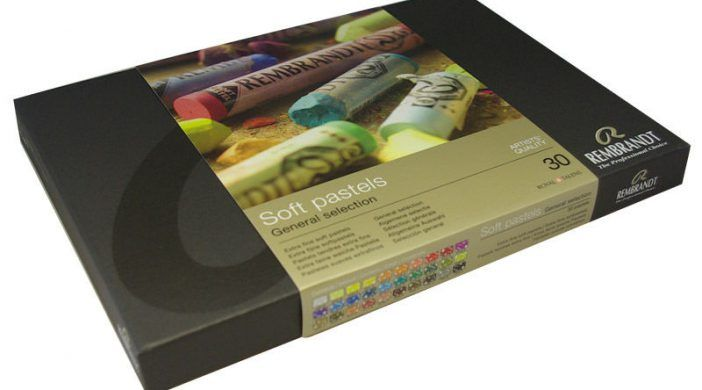 Rembrandt Soft Pastels – Set of 30 General, Full Stick Colours Beautifully Boxed