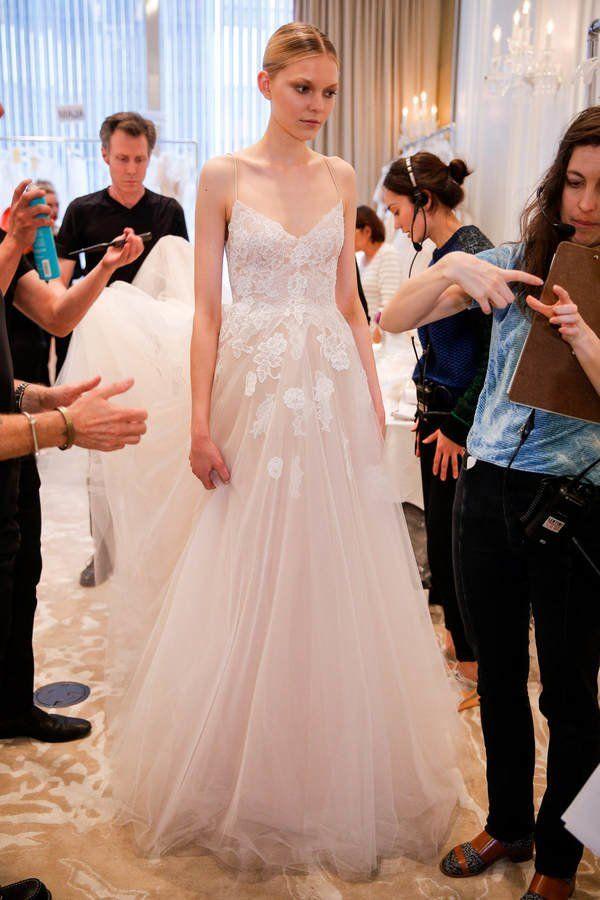 Hochzeitskleider - Brautkleid, schlichtes Hochzeitskleid in Empire ...
