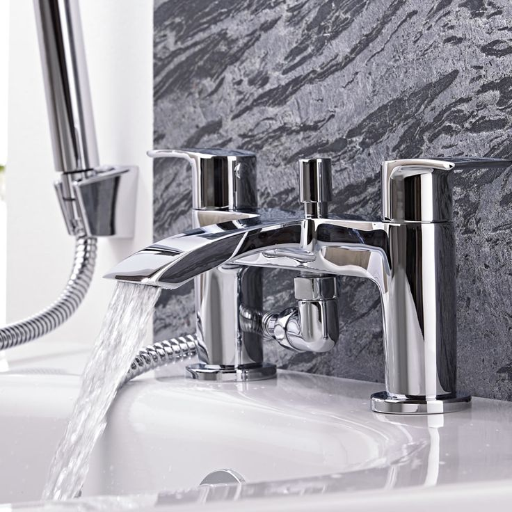 Razor Chrome Bath Shower Mixer Tap - Image 5