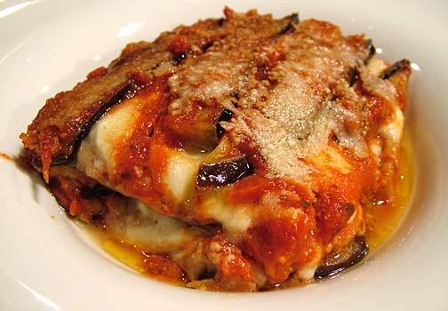 Parmigiana di Melanzane - Aubergine, tomato and Parmesan bake