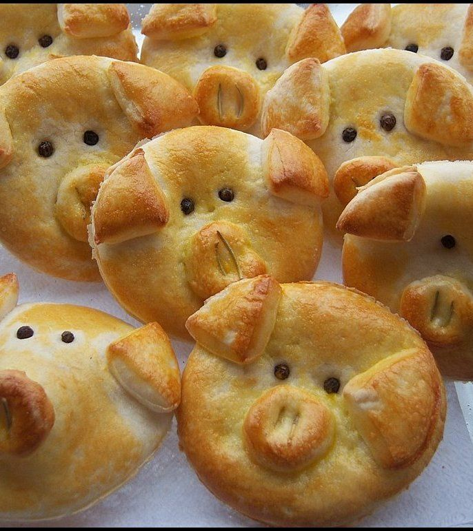 Stuffed Lil Piggy Biscuits