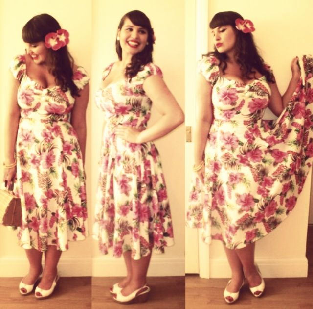 Roxy Vintage Style in our Dolores Doll Dress In Pink Hibiscus