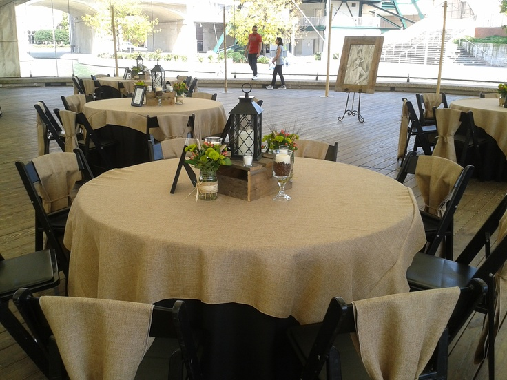 Rehearsal dinner decorations simple and yet elegant