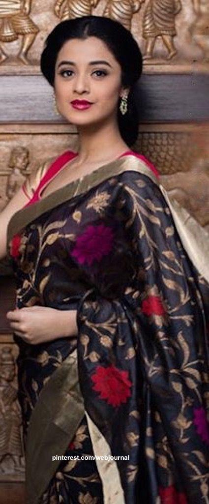 Handloom silk saree from Shatika