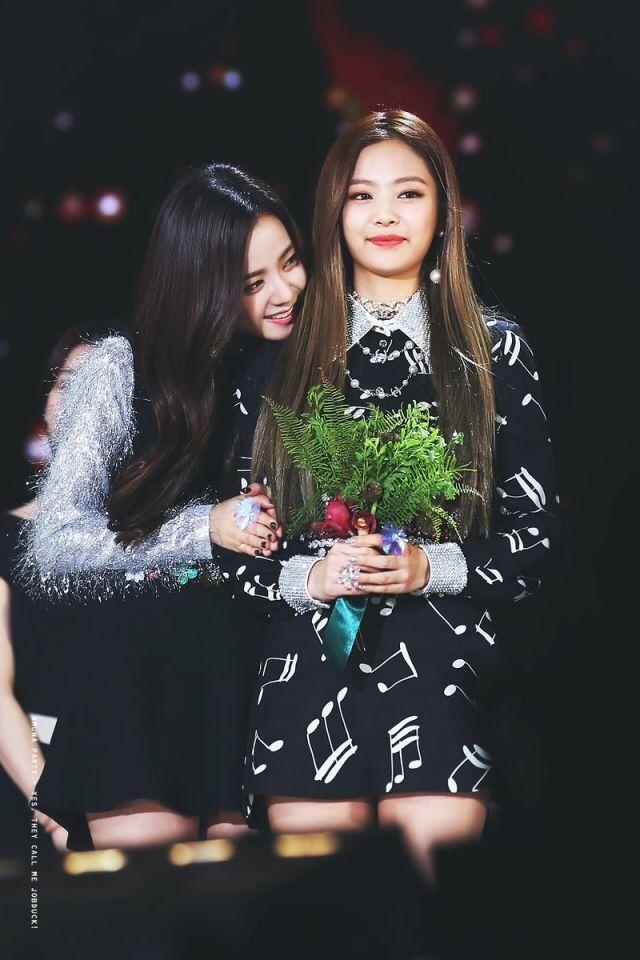Jisoo&Jennie BLACKPINK