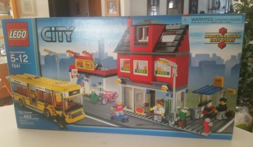 LEGO City Corner 7641 Complete With Original Box And Instructions