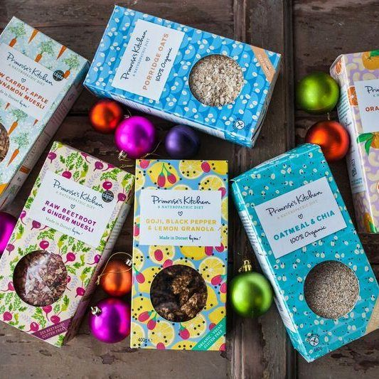 Looking for a healthy gift to uplift and inspire?   Then why not try a delicious selection of Primrose's Kitchen muesli, organic granola & organic oats & oatmeal.   The Vitality Breakfast Christmas Hamper contains :    Raw Beetroot & Ginger muesli   Raw Carrot, Apple & Cinnamon muesli   Organic Orange & Cashew Granola   Organic Lemon Goji and Black pepper Granola   Organic Gluten Free Porridge Oats   Organic Gluten Free Oatmeal & Chia    Serve...