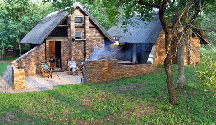 Family Cottage at Berg-en-Dal Camp
