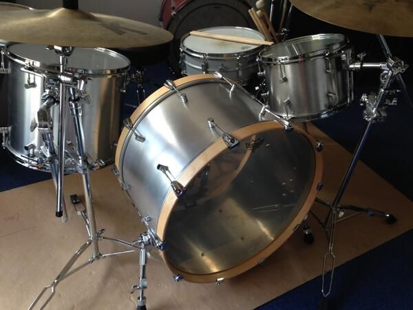 "Prototype kit assembled: 4mm spun aluminium shells, 24""x14"" / 16""x14"" / 12""x9"". #drumporn #drums #drumbuilding"