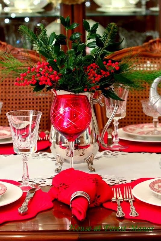 826 best christmas table decorations images on pinterest for Decoration noel table