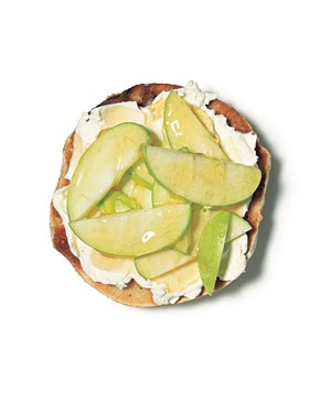 Bagel with cream cheese, apple and honey. Why is this not my breakfast every morning?