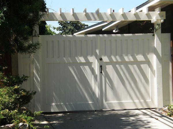 cottage+style+gates | Driveway Gates | Gorgeous Gates