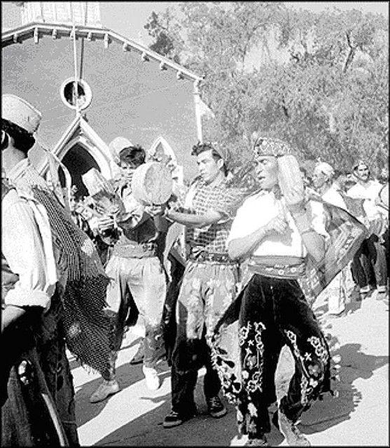 Baile chino a la virgen.