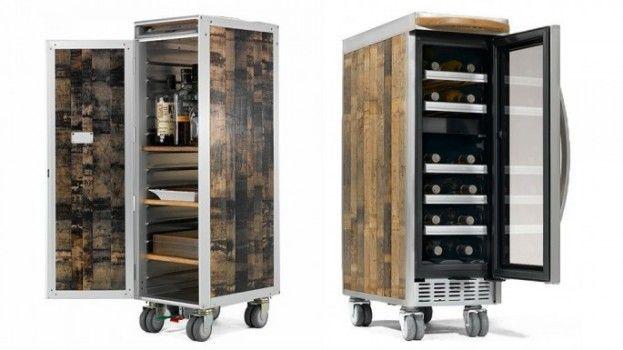 Drank opbergen als een baas doe je met deze houten vliegtuigtrolleys