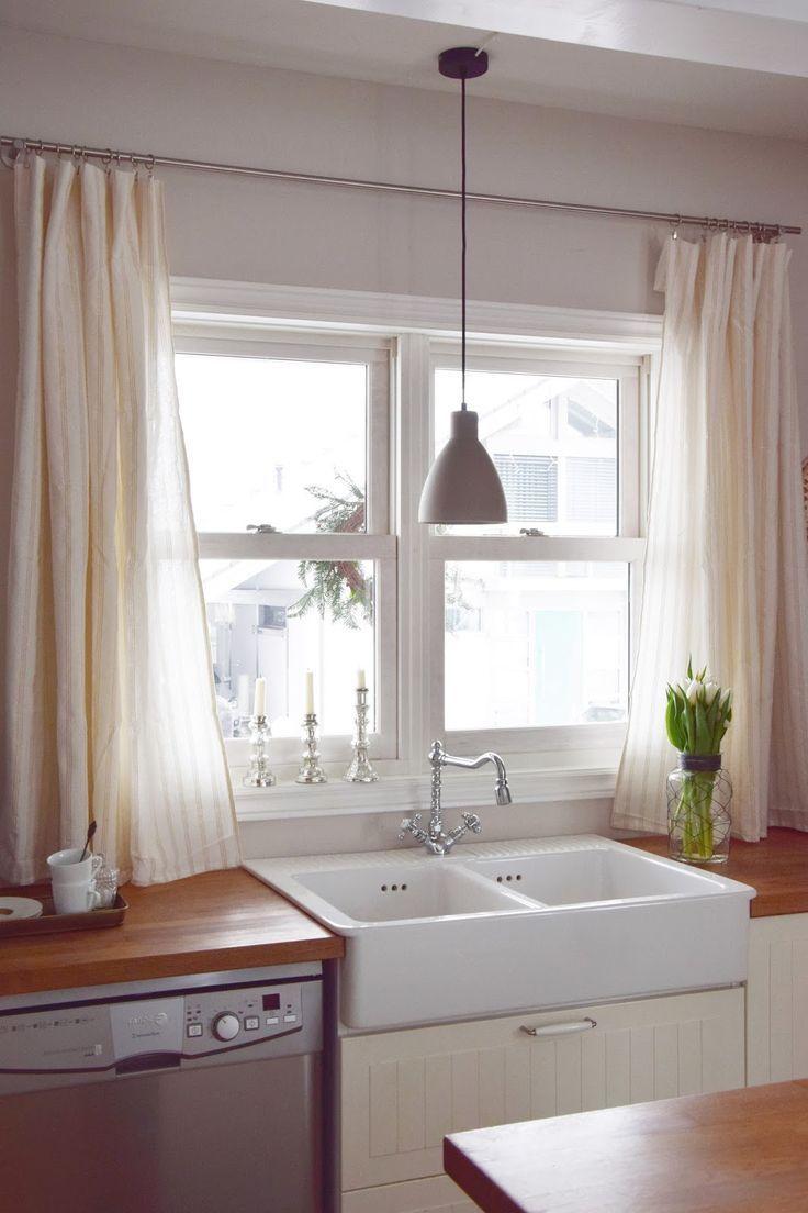 Wie Ihr In 10 Minuten Aus Einer Tischdecke Einen Vorhang Zaubert Vorhange Kuche Tischdecke Tisch
