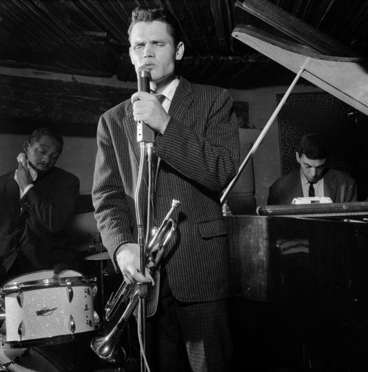Chet Baker, Kenny Clarke et René Urtreger en concert au Blue Note, Paris, 31 août 1959. | JEAN-PIERRE LELOIR
