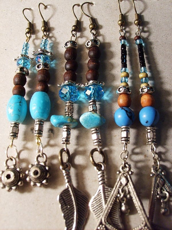 If only beading wasn't such an expensive hobby up here. Instead I'll go down to South America and buy these for two dollars.