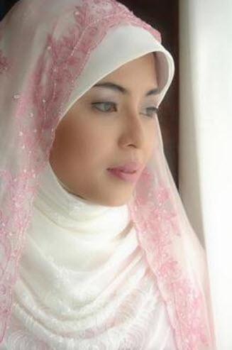 Beautiful morroccan girl