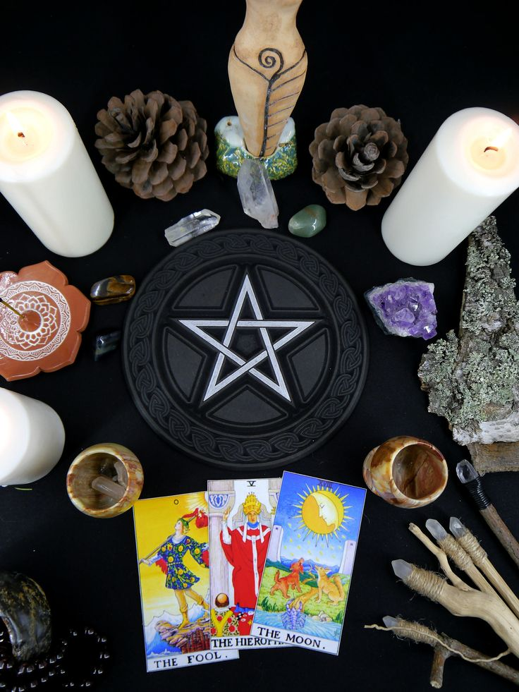 Altar Pentacle // Pentagramm // Candle holder // Wiccan and Pagan altar tool  #wicca #wiccan #witchcraft #witch #pentacle #goddess #wheeloftheyear #wiccanaltar #witchart #witchaesthetic #witchstyle #altar #spirituality #goddess #pentagram