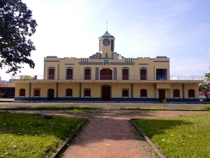 Estación del Ferrocarril del Parque Olaya