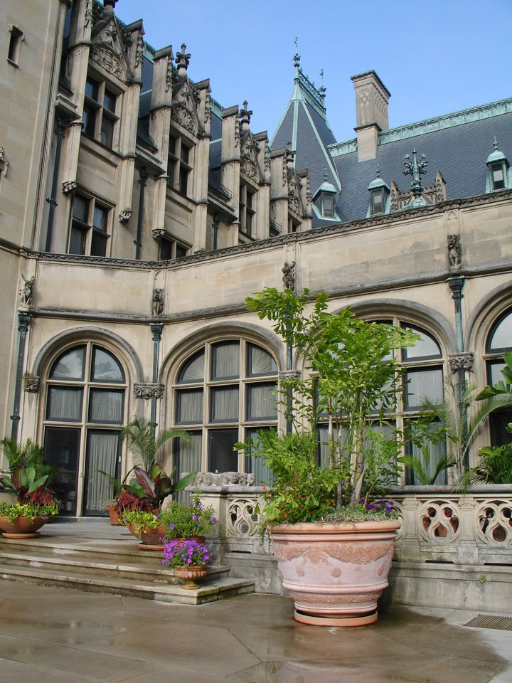 112 best images about biltmore estate outside the house for Places to stay in asheville nc cabins