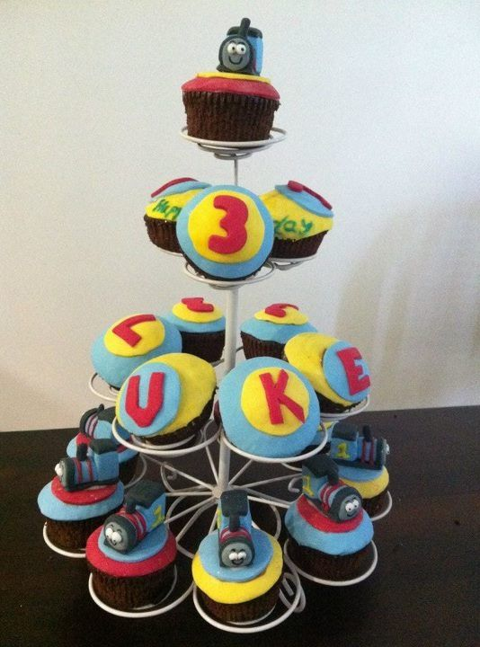 Thomas the Tank Engine Cup Cakes