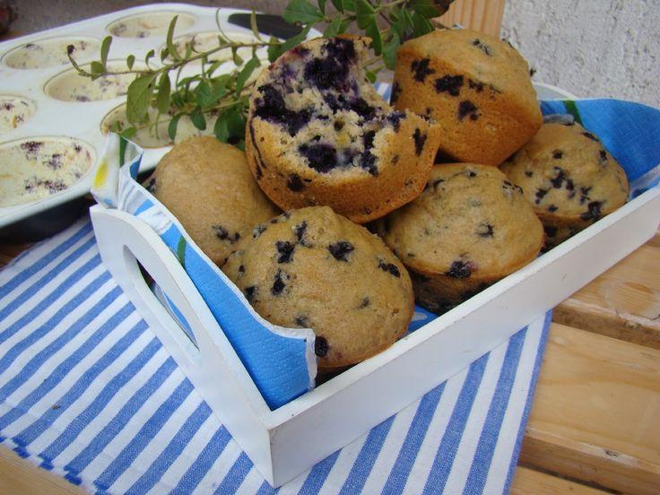 Borůvkové muffiny z celozrnné špaldové mouky