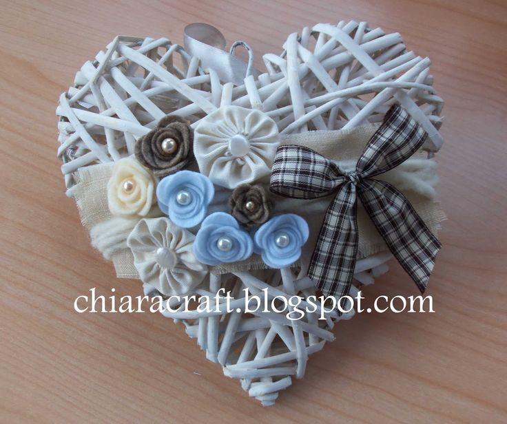 Cuore di vimini decorato - Heart decorated wicker
