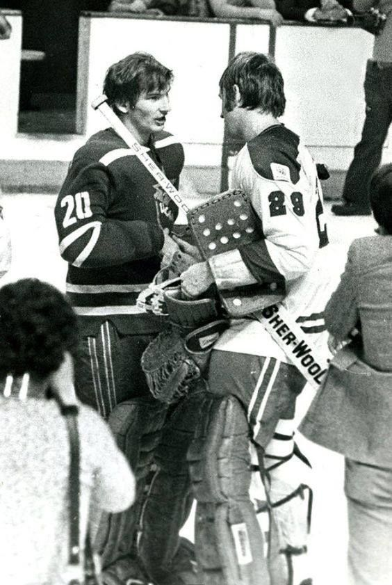Dryden and Tretiak after New Year's Eve 3-3 tie.