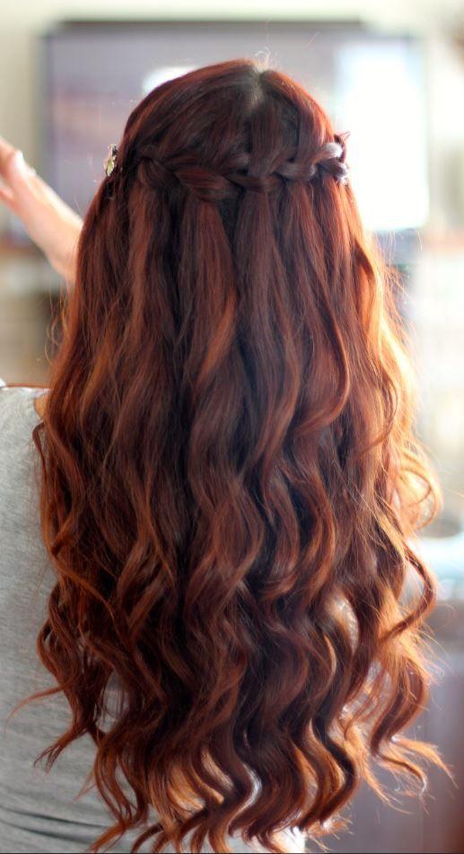 Kızıl Dalgalı Hırçın Şelaleler Saç Modelleri