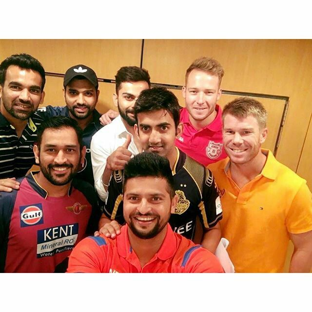 Virat kohli with the captains