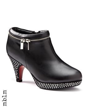 mblm Wide Width Studded Booties #penningtons #mblm #mblmstyle