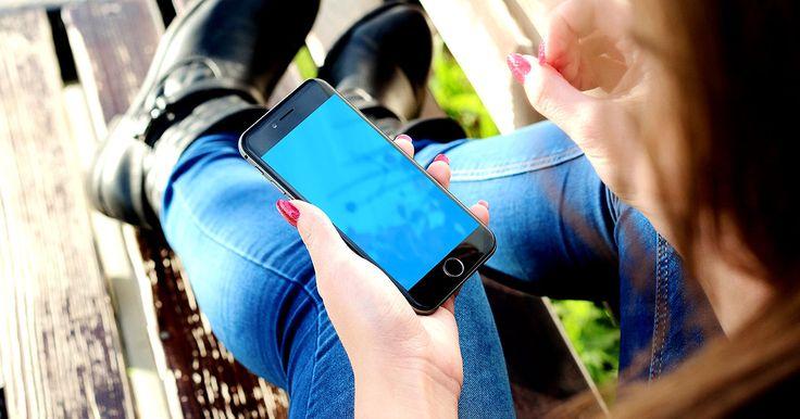 Telefonia móvel registra queda de 15,14 milhões de linhas em 12 meses