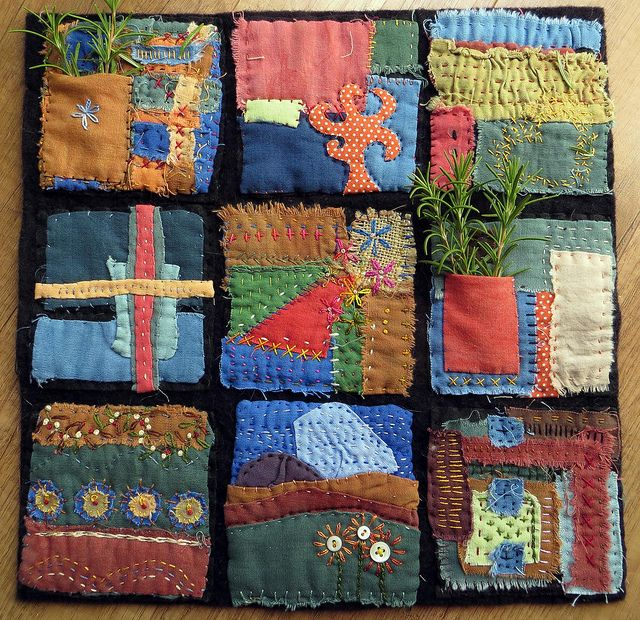 Tesoro by janelafazio, via Flickr pocket art quilt --- would be a great way to use my mother's fabric scraps to remember her