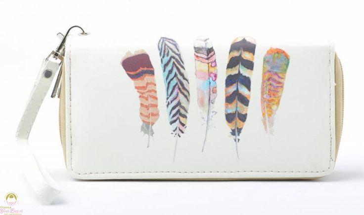 witte portemonnee met veren print