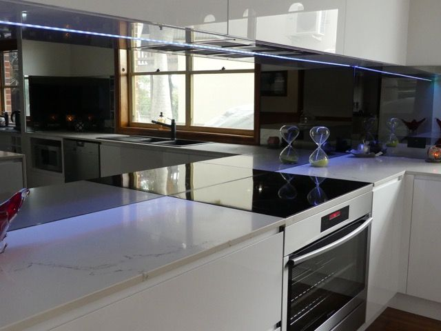 DecoGlaze Reflections Glass Splashback with LED Lighting