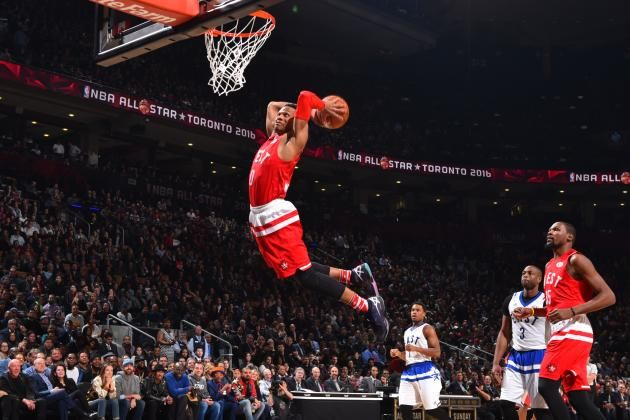 2016 NBA All-Star Game was a Perfect End to a Fantastic Weekend in Toronto - https://movietvtechgeeks.com/2016-nba-all-star-game-was-a-perfect-end-to-a-fantastic-weekend-in-toronto/-Aside from the frigid weather in Toronto, Canada, 2016 NBA All-Star Weekend was easily one of the best in recent memory. Everything from the Celebrity Game to the Dunk Contest had fans going crazy, and the All-Star Game itself was no exception.
